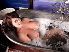 Baps 'n' Bath