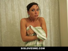 Sislovesme – Instructing My Nerdy Step Sista To Enjoy My Shaft