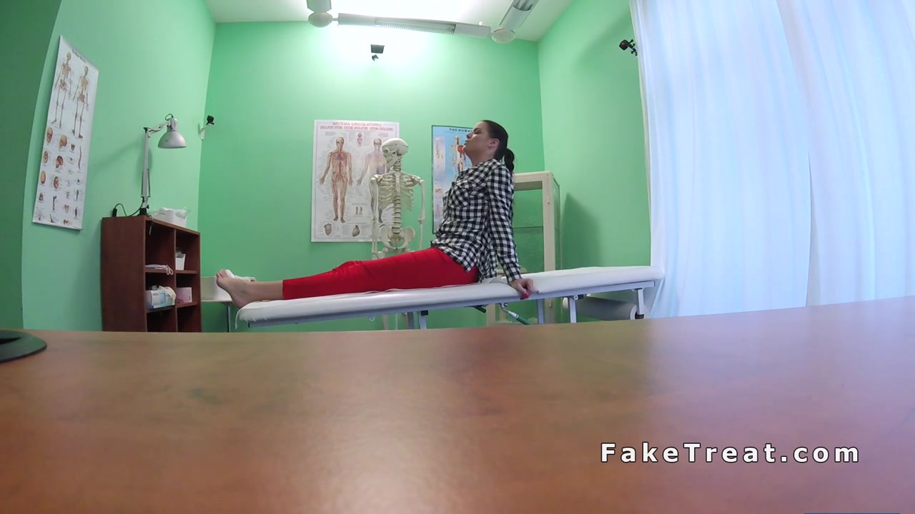 Contorted Ankle Honey Humps Her Physician
