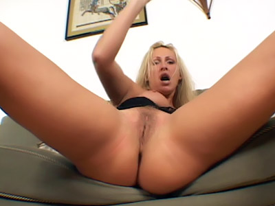 Mature Mandy Bi-racial Three Way