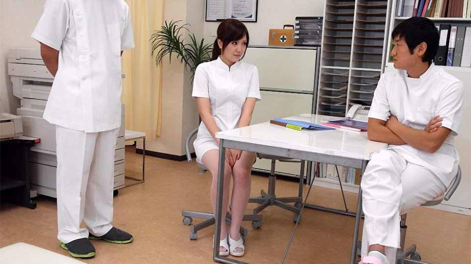 Yuri Konishi In Nurse, Yuri Konishi Has A Specific Running Fashion – Avidolz