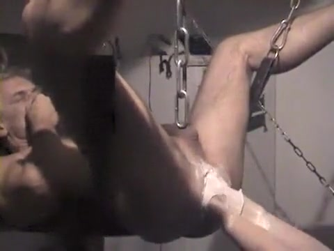 Fantastic Home Made Female Dom, Going Knuckle Deep Fuck-a-thon Vid