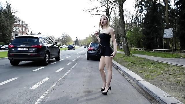 Angie Lee Side Road Escort In Mini Mini-skirt And Prime High-heeled Slippers