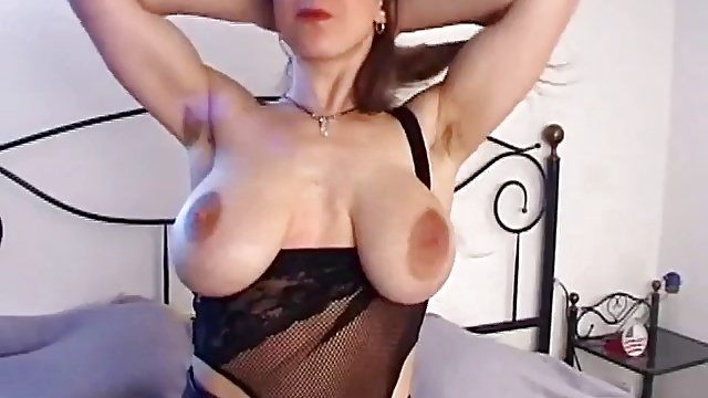 Huge-boobed Doll With Humungous Baggy Breasts & Unshaved Muff Milks