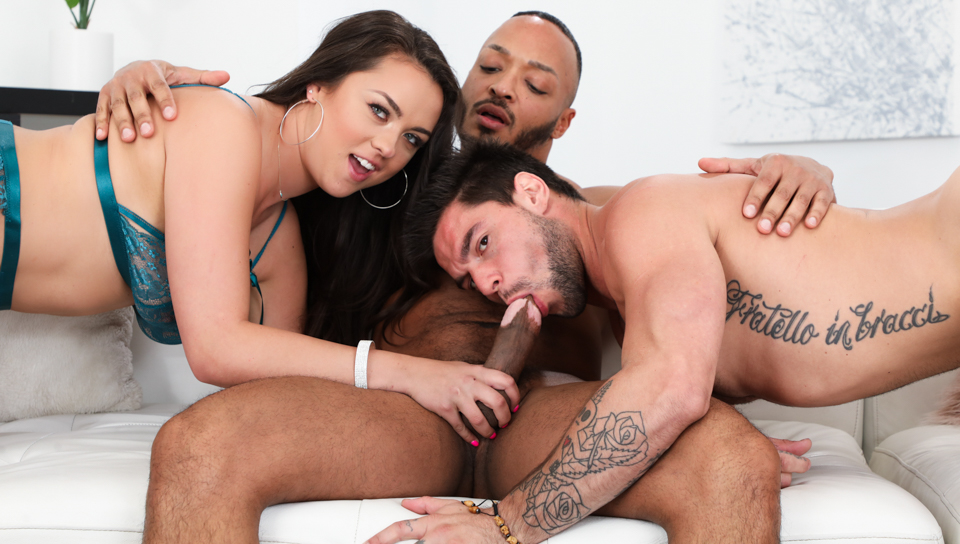 Move Bisexous Or Move House – Nicole Sage, Dillon Diaz & Aspen X