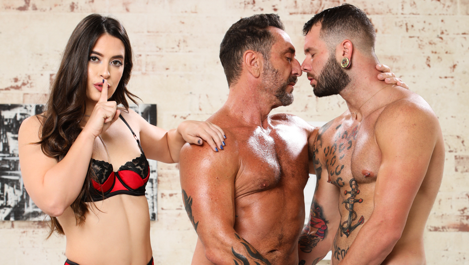 Caught With Him & Her – Abbie Maley, Johnny Hill & Vince Parker