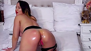 Lubed Arse Spreading